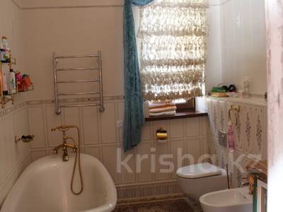 7-комнатный дом, 530 м², 11 сот., мкр Жайлау, Абая за 295 млн 〒 в Алматы, Наурызбайский р-н — фото 48
