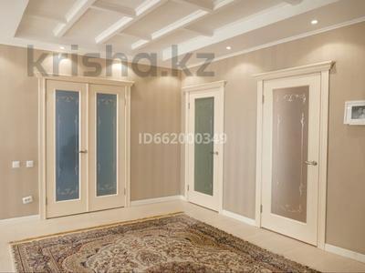 5-комнатный дом, 312 м², 15 сот., Ахмет байтурсынова за 85 млн 〒 в Актобе, мкр 12 — фото 8