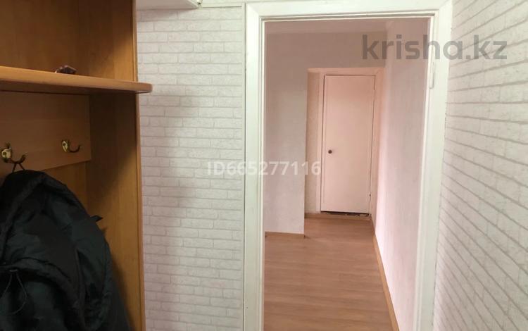 2-комнатная квартира, 45 м², 2/4 этаж помесячно, мкр №6 37 за 125 000 〒 в Алматы, Ауэзовский р-н