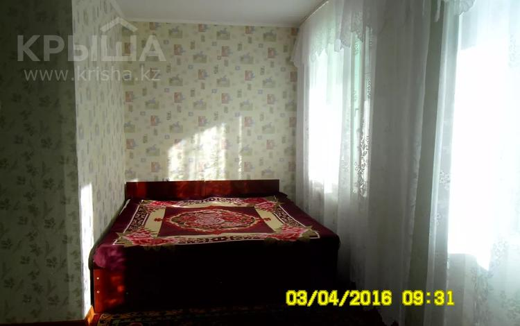 1-комнатная квартира, 42 м², 4/5 этаж посуточно, Мкр 6 5 за 5 000 〒 в Лисаковске