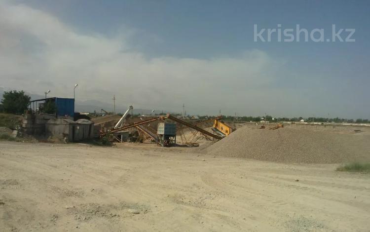 Промбаза 1250 соток, Центральная за 156 млн 〒 в Байтереке (Новоалексеевке)