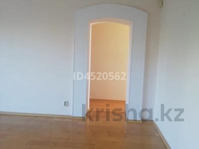 4-комнатная квартира, 100 м², 4/9 этаж, Сатпаева 253 — Ломова за 25 млн 〒 в Павлодаре — фото 8
