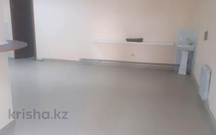 Офис площадью 54.5 м², 33 мкр. 19 дом за 7.5 млн 〒 в Актау