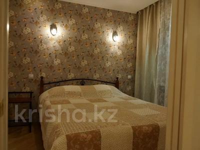 2-комнатная квартира, 46 м², 2/3 этаж посуточно, Кайсенова за 10 000 〒 в Усть-Каменогорске — фото 5