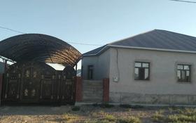 7-комнатный дом, 225 м², 10 сот., Жеруйык 19 за 39 млн 〒 в Туркестане