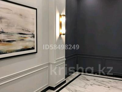 5-комнатная квартира, 215 м², 4/7 этаж, Мангилик Ел 29 за 125 млн 〒 в Нур-Султане (Астана), Есиль р-н — фото 2