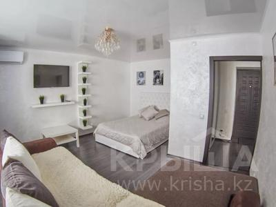 1-комнатная квартира, 33 м², 1/5 этаж посуточно, Батыра Баяна 30 — Лесная за 13 000 〒 в Петропавловске — фото 4