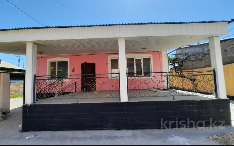 9-комнатный дом, 240 м², 4.5 сот., Казиева 113 за 24.8 млн 〒 в Шымкенте