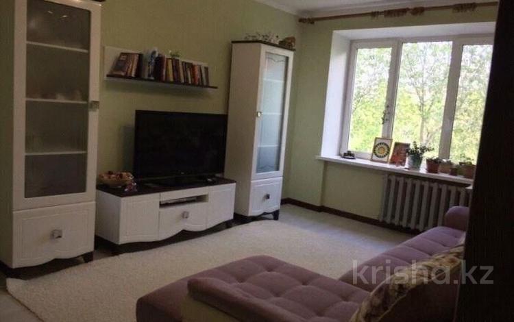 2-комнатная квартира, 61 м², 2/5 этаж, проспект Абая 16 за 12.5 млн 〒 в Актобе