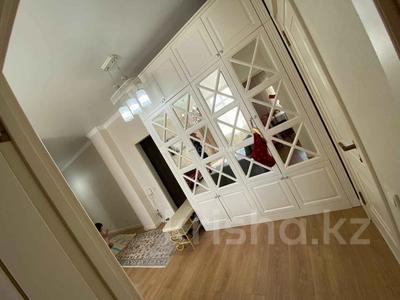 3-комнатная квартира, 80 м², 3/10 этаж, Ильяса Омарова за 35.5 млн 〒 в Нур-Султане (Астана), Есиль р-н — фото 13