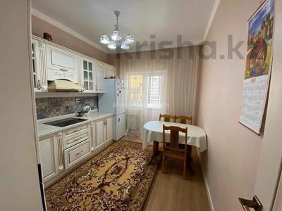 3-комнатная квартира, 80 м², 3/10 этаж, Ильяса Омарова за 35.5 млн 〒 в Нур-Султане (Астана), Есиль р-н — фото 11