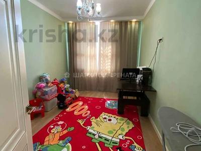 3-комнатная квартира, 80 м², 3/10 этаж, Ильяса Омарова за 35.5 млн 〒 в Нур-Султане (Астана), Есиль р-н — фото 2