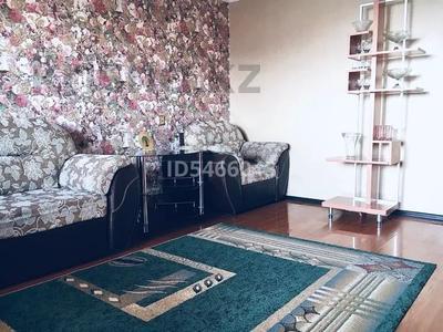 2-комнатная квартира, 60 м², 9/9 этаж посуточно, Шакарима 15 — Валиханова за 10 000 〒 в Семее — фото 3