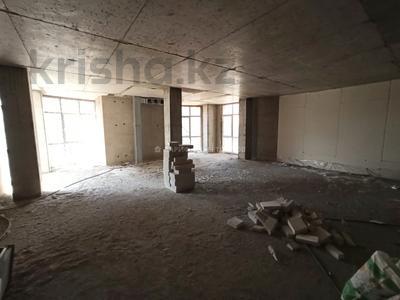 Здание, площадью 3600 м², Ыкылас Дукенулы 4 за 475.5 млн 〒 в Нур-Султане (Астана) — фото 12