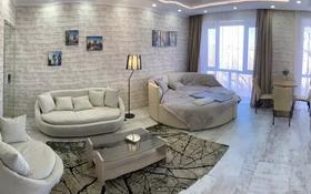 1-комнатная квартира, 35 м², 5/5 этаж посуточно, бульвар Мира 19 за 12 000 〒 в Караганде, Казыбек би р-н