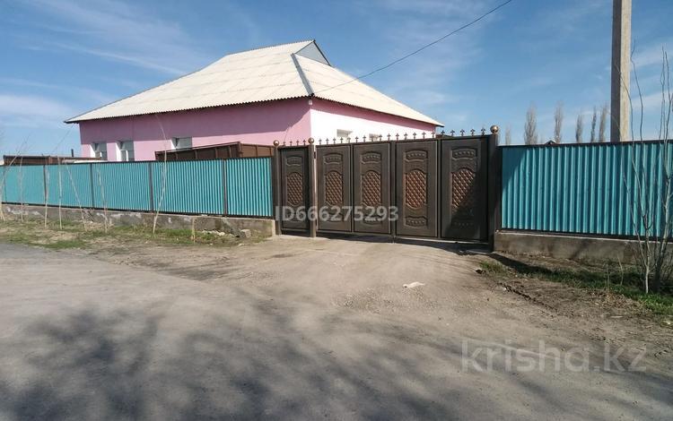 8-комнатный дом, 215 м², 20 сот., Ынтымак 82 — Конаев за 35 млн 〒 в Туркестане