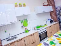 1-комнатная квартира, 32 м², 2/12 этаж посуточно, мкр 11 144 б/2 за 8 000 〒 в Актобе, мкр 11