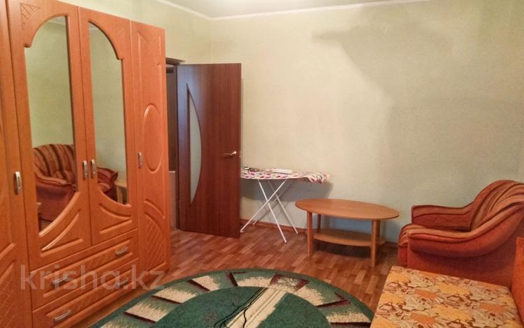 1-комнатная квартира, 35 м², 7/9 этаж, 5-й микрорайон 37 за 9.5 млн 〒 в Аксае