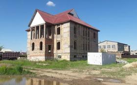 10-комнатный дом, 900 м², 18 сот., Кунгей за 22 млн 〒 в Караганде