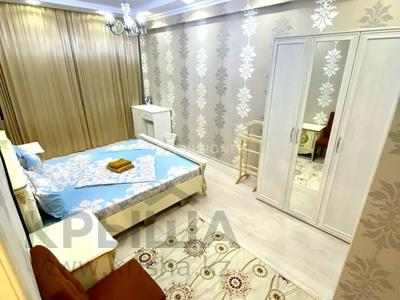 2-комнатная квартира, 70 м², 8 этаж посуточно, 17-й мкр 7 за 14 990 〒 в Актау, 17-й мкр
