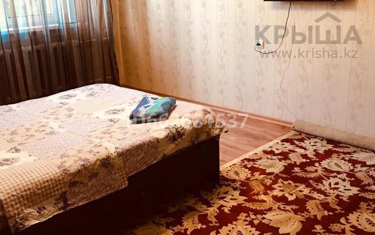 1-комнатная квартира, 40 м², 2/9 этаж посуточно, мкр Жетысу-1 36 за 6 000 〒 в Алматы, Ауэзовский р-н