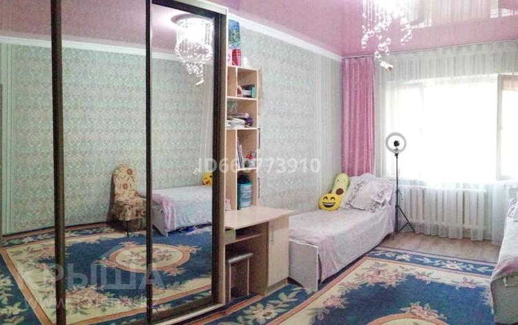 2-комнатная квартира, 60 м², 1/5 этаж, мкр Айнабулак-3 154 за 25.5 млн 〒 в Алматы, Жетысуский р-н