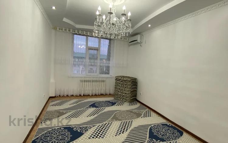 3-комнатная квартира, 71 м², 6/6 этаж, Нурсая 62 за 12.9 млн 〒 в Атырау