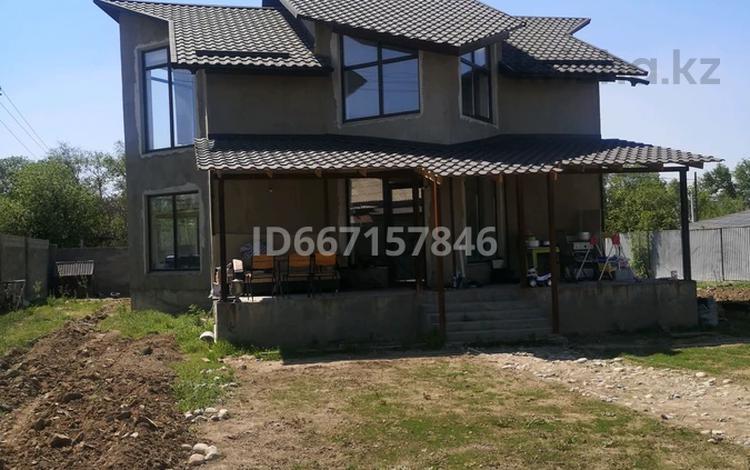 6-комнатный дом, 240 м², 10 сот., Жастар за 46 млн 〒 в Талдыкоргане
