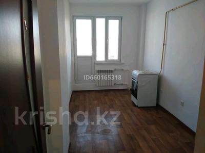 2-комнатная квартира, 49 м², 5/5 этаж помесячно, 15-й микрорайон 4 за 40 000 〒 в Таразе — фото 3