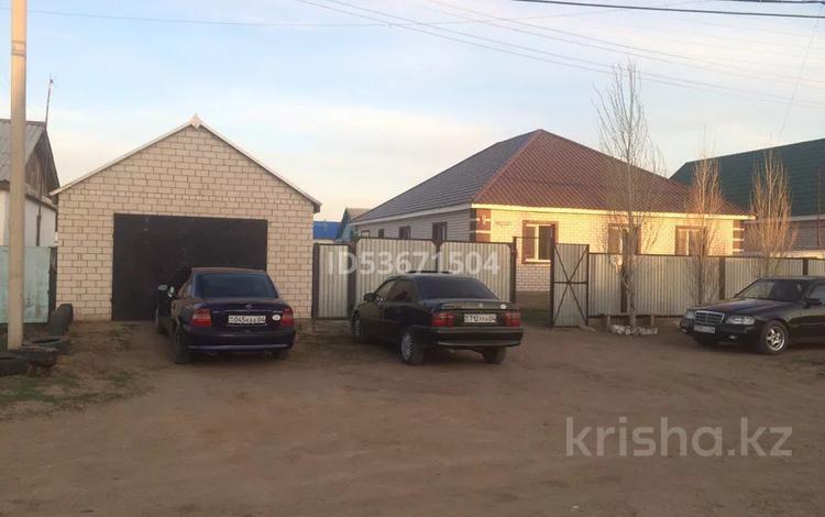 5-комнатный дом, 178 м², 10 сот., А.Сарсеков 30 за 24 млн 〒 в Актобе, Нур Актобе