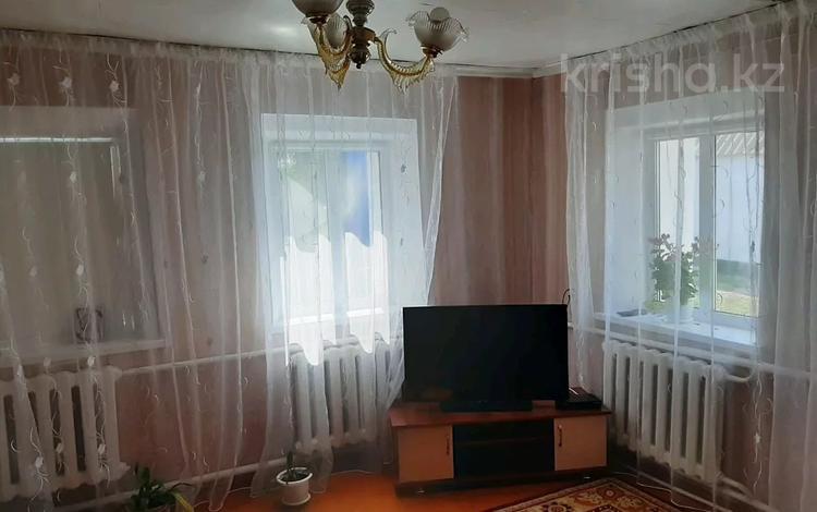 5-комнатный дом, 84.1 м², 10 сот., Богенбая 188 за 2.5 млн 〒 в Павлодарской области