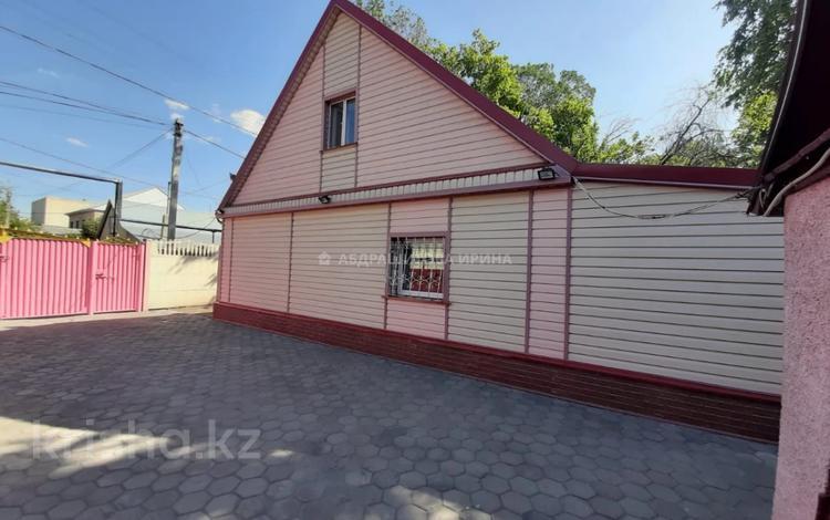 4-комнатный дом, 93 м², 7 сот., Гончарная за 30 млн 〒 в Караганде, Казыбек би р-н