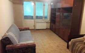 1-комнатная квартира, 33 м², 2/4 этаж помесячно, мкр №10 А 22 — Саина за 75 000 〒 в Алматы, Ауэзовский р-н