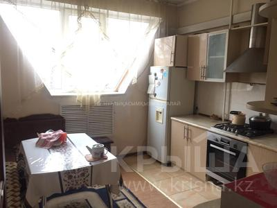 2-комнатная квартира, 54 м², 3/9 этаж, Мкр Аксай-4 — проспект Улугбека-Саина за 24.5 млн 〒 в Алматы, Ауэзовский р-н