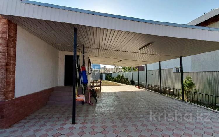 4-комнатный дом, 100 м², 8 сот., улица Жанакурылыс за 18 млн 〒 в Узынагаш