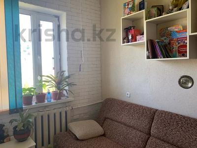 4-комнатная квартира, 74 м², 5/5 этаж, Абая 57 за 9 млн 〒 в Сатпаев — фото 7