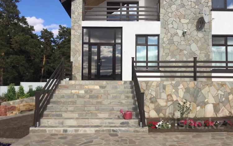 8-комнатный дом, 380 м², 22.8 сот., Лесная зона за 171 млн 〒 в Акколе