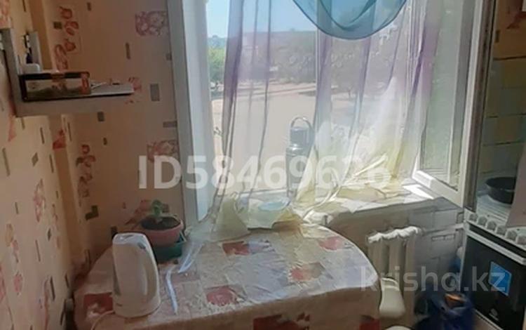 3-комнатная квартира, 50 м², 3/5 этаж, Микрорайон Сабитовой 25 за ~ 6.8 млн 〒 в Балхаше