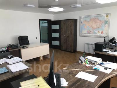 Офис площадью 208 м², Ул. Умай Ана 14/2 за 110 млн 〒 в Нур-Султане (Астана), Есильский р-н — фото 4