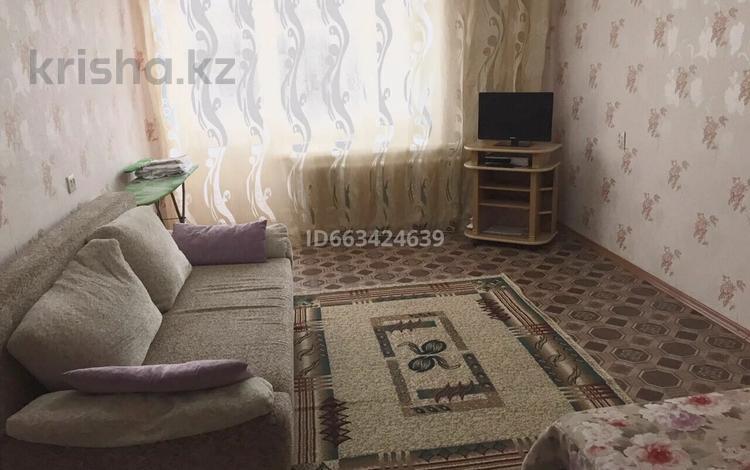 1-комнатная квартира, 36 м², 2/5 этаж посуточно, Кенесары 23 за 6 000 〒 в Бурабае