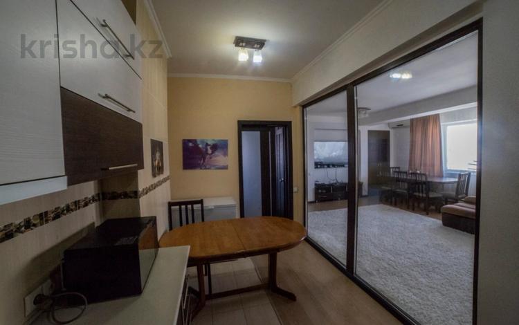 3-комнатная квартира, 120 м², 13/13 этаж, Мкр Жетысу-3 51 за 45 млн 〒 в Алматы, Ауэзовский р-н