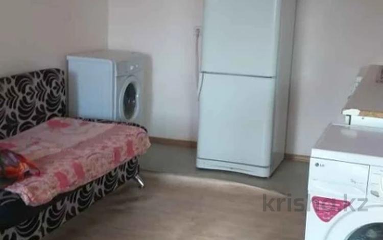 1-комнатная квартира, 46 м², 2/16 этаж, проспект Богенбай батыра за 12 млн 〒 в Нур-Султане (Астана), Сарыарка р-н