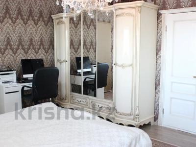 3-комнатная квартира, 120 м², 20/33 этаж, Достык за 50 млн 〒 в Нур-Султане (Астана), Есиль р-н — фото 9