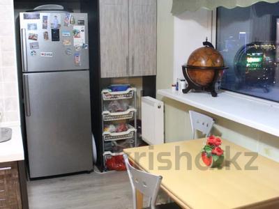 3-комнатная квартира, 120 м², 20/33 этаж, Достык за 50 млн 〒 в Нур-Султане (Астана), Есиль р-н — фото 20