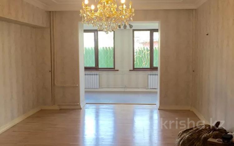 3-комнатная квартира, 132 м², 1/5 этаж, Кажымукана — Мендекулова за 49.5 млн 〒 в Алматы, Медеуский р-н