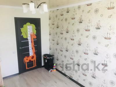 3-комнатная квартира, 61.2 м², 4/5 этаж, Женис 17 за 11 млн 〒 в Жезказгане — фото 8