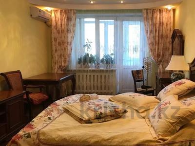 3-комнатная квартира, 82 м², 3/5 этаж, мкр №11, Алтынсарина (Правды) — Джандосова за 34 млн 〒 в Алматы, Ауэзовский р-н