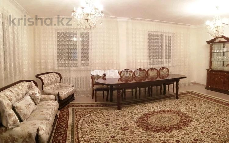 7-комнатный дом, 300 м², 10 сот., Байтерек за 26.5 млн 〒 в Талапкере