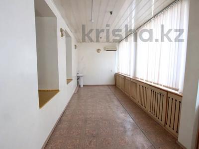 Здание, Илтипат 45В — Шаляпина площадью 650 м² за 2.1 млн 〒 в Алматы, Ауэзовский р-н — фото 14