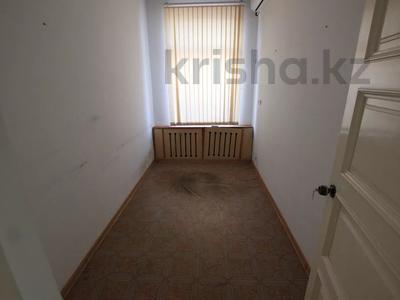 Здание, Илтипат 45В — Шаляпина площадью 650 м² за 2.1 млн 〒 в Алматы, Ауэзовский р-н — фото 21